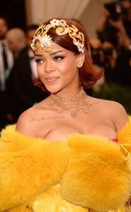 rs_634x1024-150504205534-rs_634x1024-150504175526-634.Rihanna-Met-Gala-headshot.jl.050415[1]